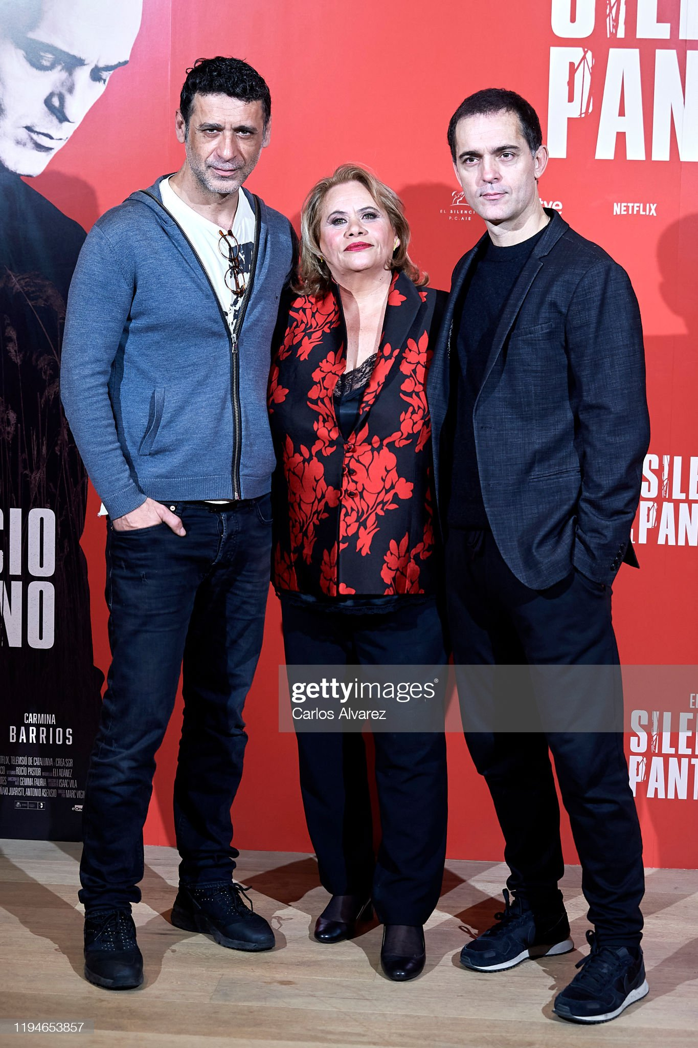 ¿Cuánto mide Pedro Alonso? - Altura - Real height Actors-nacho-fresneda-carmina-barrios-and-pedro-alonso-attend-el-del-picture-id1194653857?s=2048x2048