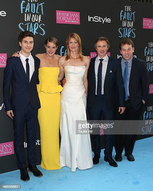 Actors Nat Wolff Shailene Woodley Laura Dern Sam Trammell and Mike Birbiglia attend The Fault In Our Stars premiere at Ziegfeld Theater on June 2...