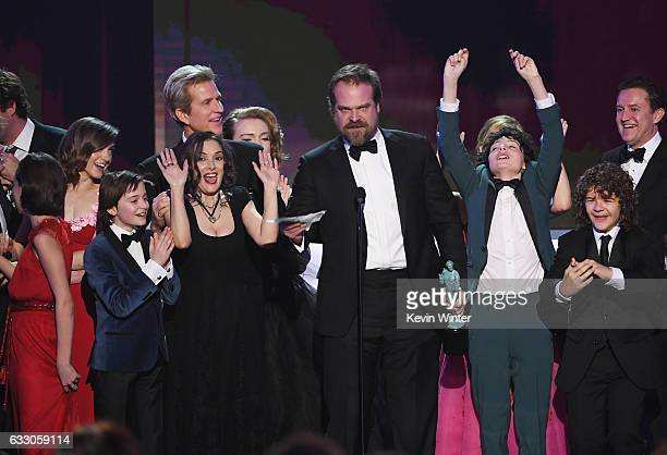 Actors Natalia Dyer Noah Schnapp Winona Ryder Matthew Modine Shannon Purser David Harbour Finn Wolfhard and Gaten Matarazzo of 'Stranger Things'...