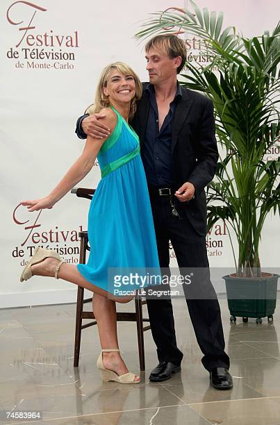 Actors Nathalie Vincent and Robert Knepper attend a photocall on the third day of the 2007 Monte Carlo Television Festival held at Grimaldi Forum on...