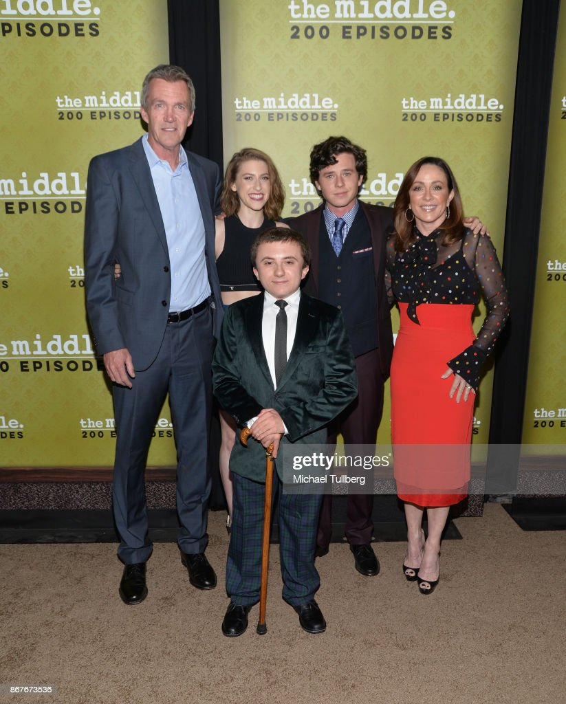 "ABC's ""The Middle"" Celebrates 200 Episodes - Arrivals"