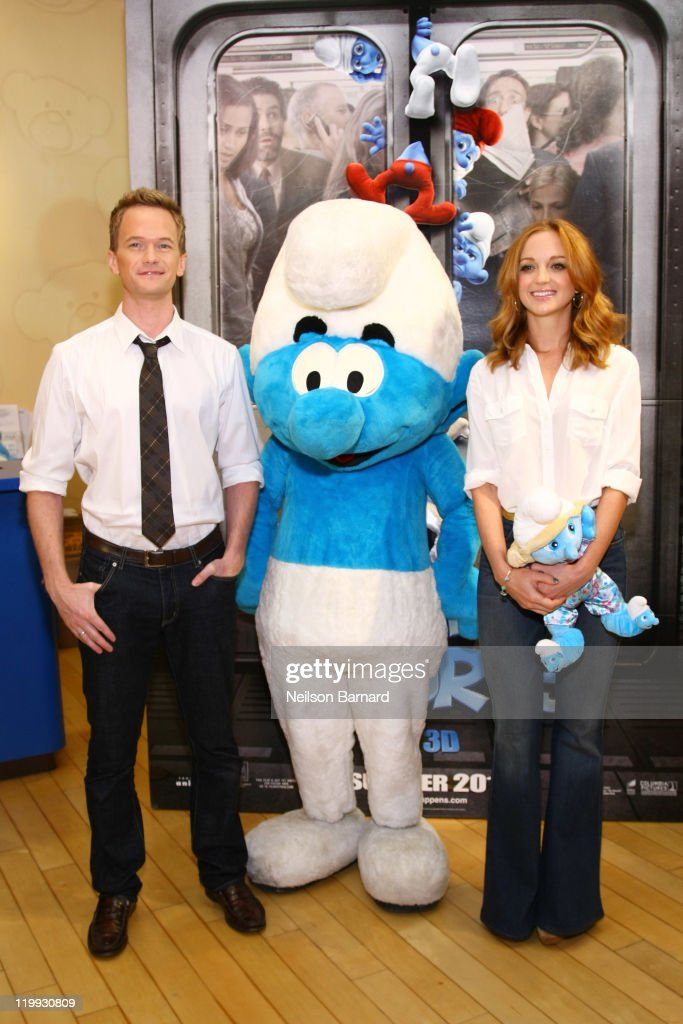 Neil Patrick Harris And Jayma Mays Visit Build-A-Bear Workshop