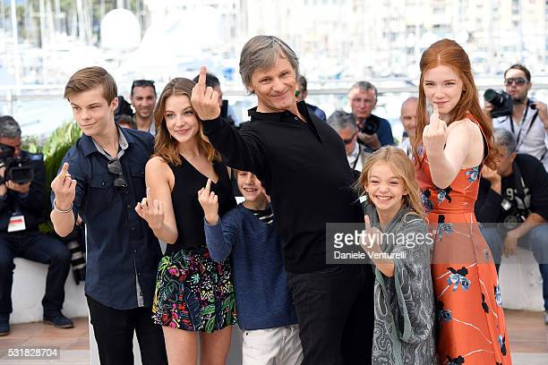 Actors Nicholas Hamilton Samantha Isler Charlie Shotwell Viggo Mortensen Shree Crooks and Annalise Basso attend the 'Captain Fantastic' photocall...