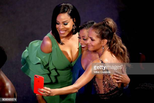 Actors Niecy Nash Bresha Webb and Halle Berry during the 24th Annual Screen Actors Guild Awards at The Shrine Auditorium on January 21 2018 in Los...