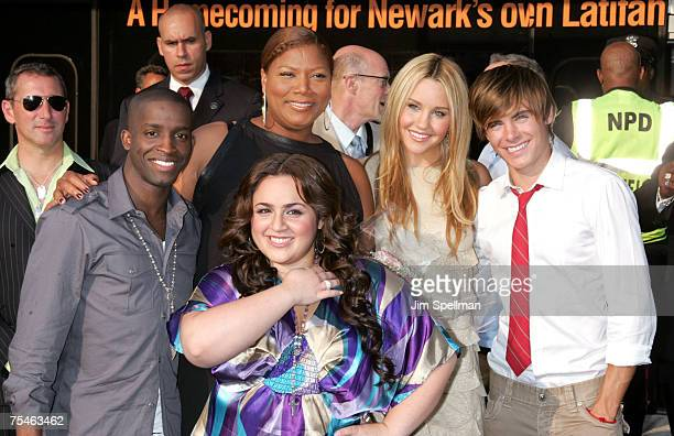 Actors Nikki Blonsky Elijah Kelly Queen Latifah Amanda Bynes and Zac Efron arrive at Hairspray Premiere at NJPAC on July 17 2007 in Newark New Jersey