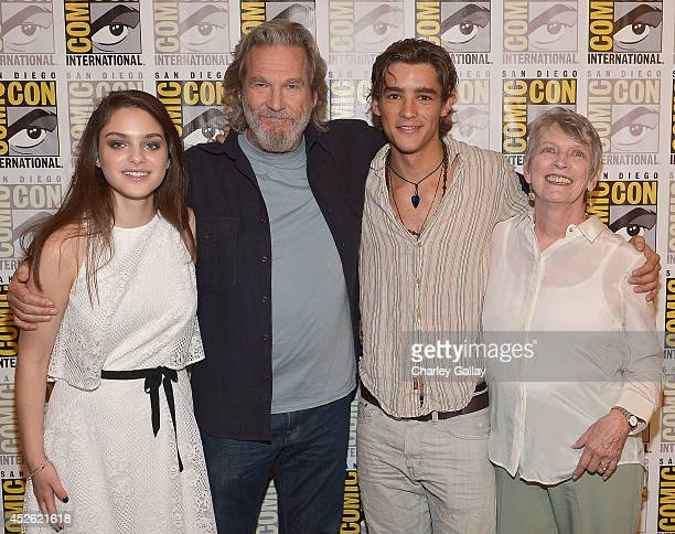 Actors Odeya Rush Jeff Bridges Brenton Thwaites and author Lois Lowry attend The Weinstein Company Presents THE GIVER At ComicCon 2014 at Hilton...