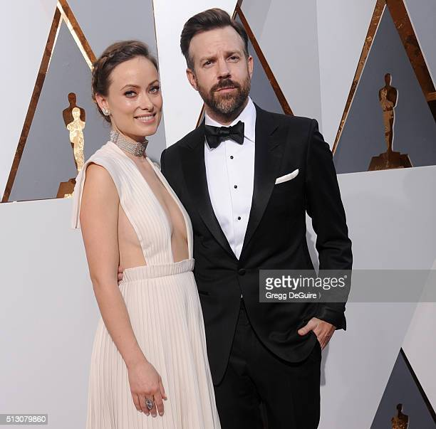 Actors Olivia Wilde and Jason Sudeikis arrive at the 88th Annual Academy Awards at Hollywood Highland Center on February 28 2016 in Hollywood...