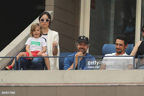 Actors Olivia Wilde and Jason Sudeikis look on with son Otis and actor James Franco during the Men's Quarterfinal match between Pablo Carreno Busta...