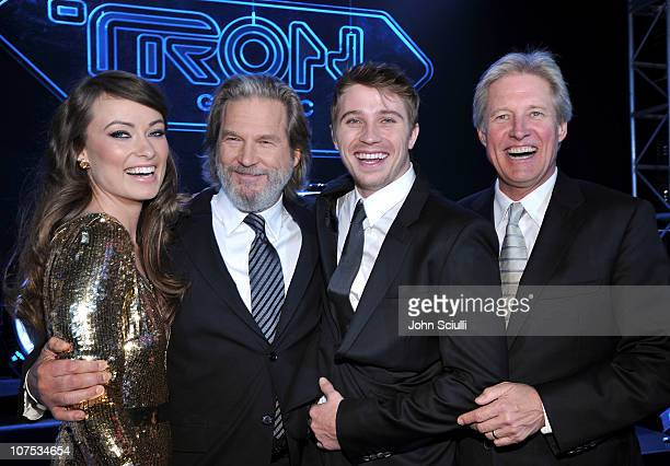 Actors Olivia Wilde Jeff Bridges Garrett Hedlund and Bruce Boxleitner arrives at Walt Disney's TRON Legacy World Premiere held at the El Capitan...