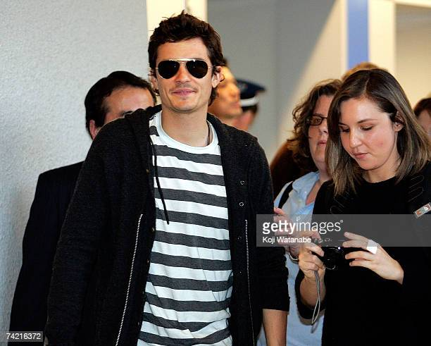 Actors Orlando Bloom arrives at the New Tokyo International Airport May 22 2007 in Narita Japan The actors are in Japan for the Japanese premiere of...