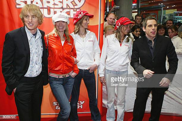 "Actors Owen Wilson and Ben Stiller attend the European premiere of ""Starsky And Hutch"" on March 9, 2004 in Munich, Germany."