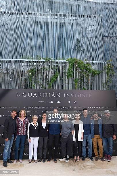 Actors Paco Casablanc, Susi Sanchez, Itziar Aizpuru, Patricia Lopez, director Fernando Gonzalez Molina, Elvira Minguez, Marta Etura, Carlos Librado,...