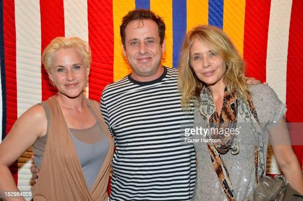 Actors Patricia Arquette Richmond Arquette Rosanna Arquette attend the GiveLove 2nd Annual Art Auction And Fundraiser For Haiti With Patricia...