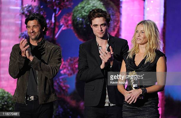 Actors Patrick Dempsey and Robert Pattinson and TV Personality Chelsea Handler speak onstage during the 2011 MTV Movie Awards at Universal Studios'...