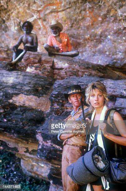 Actors Paul Hogan and Linda Kozlowski on the set of their new film 'Crocodile Dundee' in 1986 on location in the Northern Territory Australia