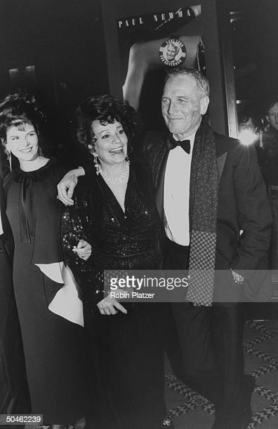 Actors Paul Newman and Lolita Davidovitch with former stripper Blaze Starr at the premiere of the motion picture Blaze in which Newman and...