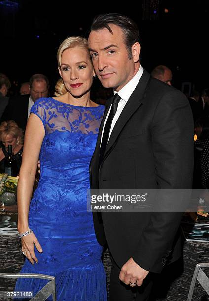 Actors Penelope Ann Miller and Jean Dujardin attend The 18th Annual Screen Actors Guild Awards broadcast on TNT/TBS at The Shrine Auditorium on...