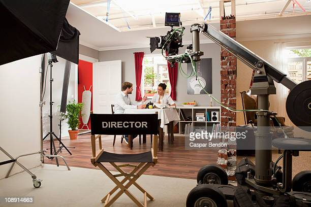 actors performing a scene on a film set - film set stock pictures, royalty-free photos & images