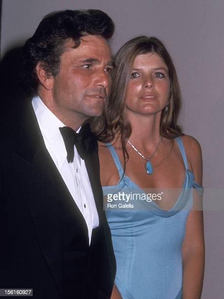 Actors Peter Falk and Katherine Ross attend 47th Annual Academy Awards on April 8 1975 at the Dorothy Chandler Pavilion in Los Angeles California