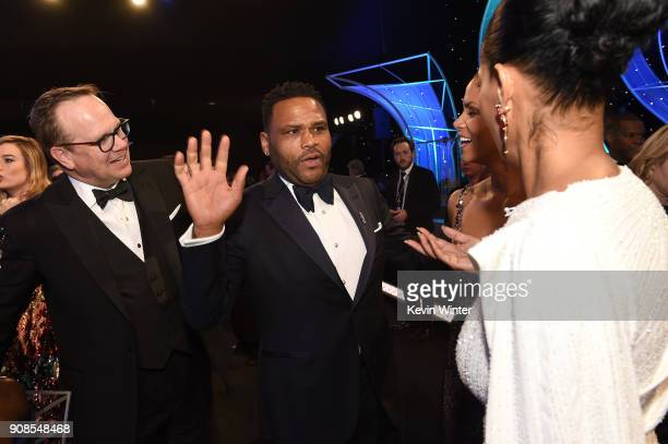 Actors Peter Mackenzie Anthony Anderson Halle Berry and Tracee Ellis Ross attend the 24th Annual Screen Actors Guild Awards at The Shrine Auditorium...