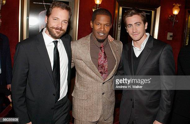 ¿Cuánto mide Peter Sarsgaard? Actors-peter-sarsgaard-jamie-foxx-and-jake-gyllenhaal-attend-the-picture-id56035909?s=612x612