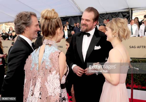 Actors Peter Thum Cara Buono David Harbour and Alison Sudol attend the 24th Annual Screen Actors Guild Awards at The Shrine Auditorium on January 21...