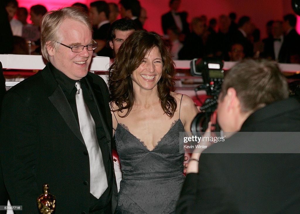 Actors Philip Seymour Hoffman and Catherine Keener attend the Governor's Ball after the 78th Annual Academy Awards at The Highlands on March 5, 2006 in Hollywood, California.