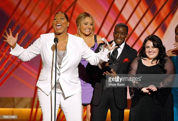 Actors Queen Latifah Amanda Bynes Elijah Kelley and Nikki Blonsky accept the award for 'Best Acting Ensemble' for 'Hairspray' onstage during the 13th...