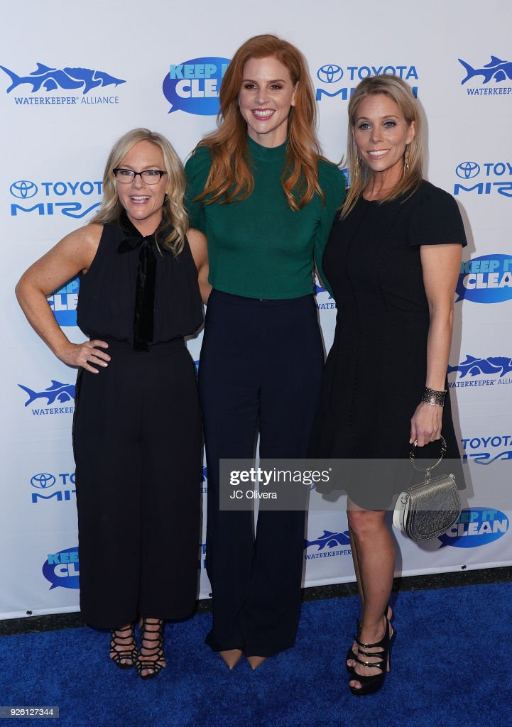 Actors Rachael Harris, Sarah Rafferty and Cheryl Hines attend Keep It Clean Live Comedy Benefit for Waterkeeper Alliance at Avalon on March 1, 2018 in Hollywood, California.