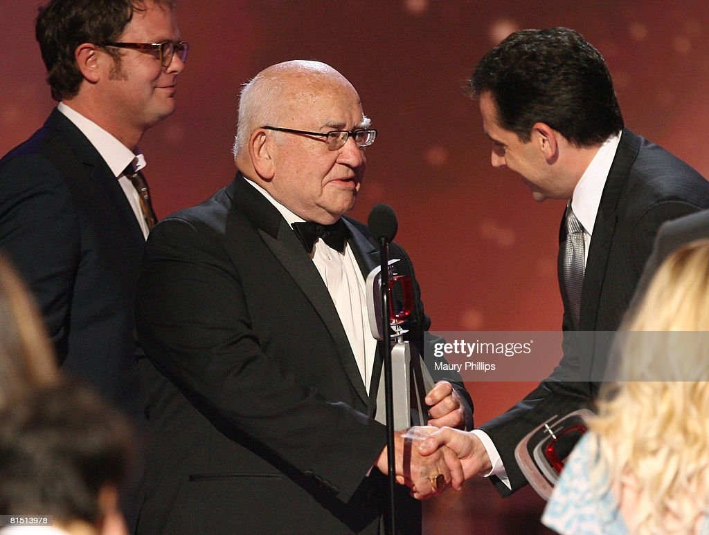 The 6th Annual TV Land Awards - Show : News Photo