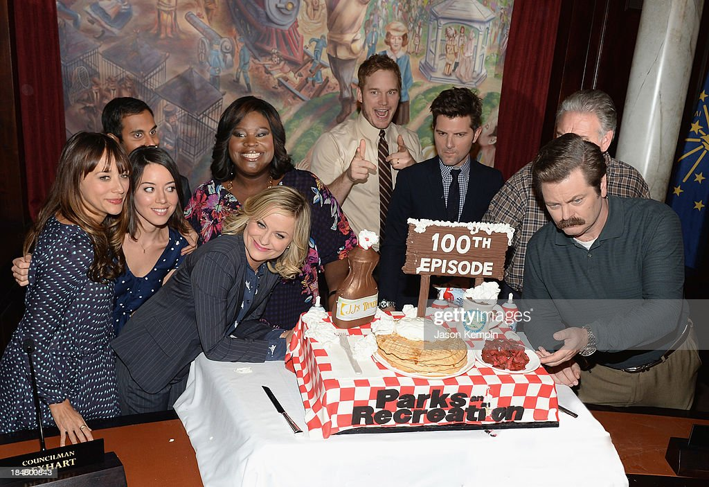 NBC 'Parks And Recreation' 100th Episode Celebration : News Photo