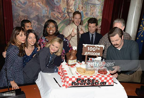 Actors Rashida Jones Aziz Ansari Aubrey Plaza Marietta Sirleaf Amy Poehler Chris Pratt Adam Scott Jim O'Heir and Nick Offerman attend the NBC Parks...