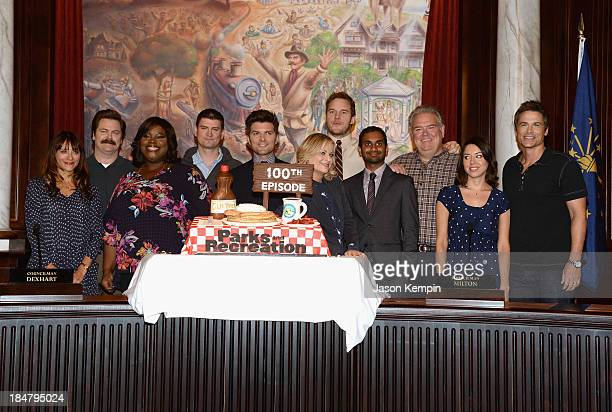 Actors Rashida Jones Nick Offerman Marietta Sirleaf Michael Schur Amy Poehler Chris Pratt Aziz Ansari Jim O'Heir Aubrey Plaza and Rob Lowe attend the...
