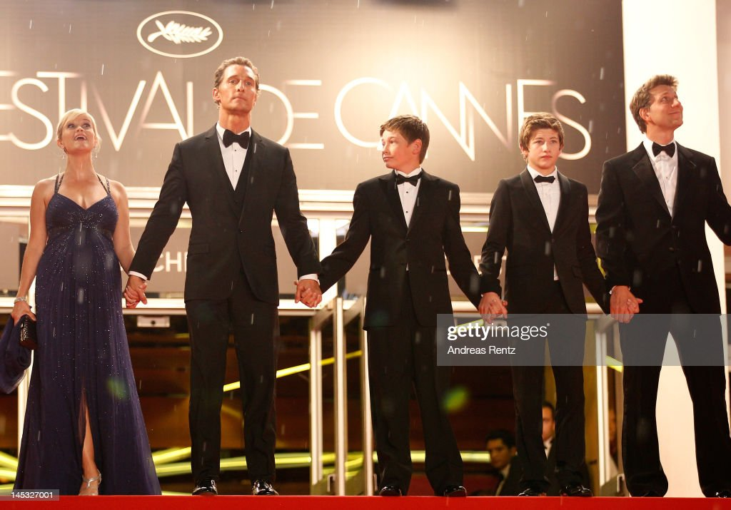 Actors Reese Witherspoon, Matthew McConaughey, Jacob Lofland, Tye Sheridan and director Jeff Nichols depart the 'Mud' Premiere during the 65th Annual Cannes Film Festival at Palais des Festivals on May 26, 2012 in Cannes, France.