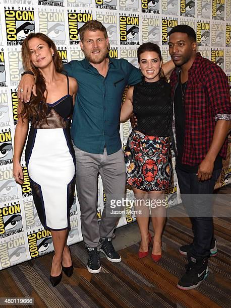 Actors Rhona Mitra Travis Van Winkle Marissa Neitling and Jocko Sims attend TNT's The Last Ship Press Room during ComicCon International 2015 at...