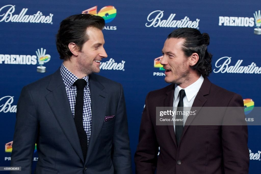 Actors Richard Armitage (L) and Luke Evans (R) attend the '40 Principales Awards' 2013 photocall at Palacio de los Deportes on December 12, 2013 in Madrid, Spain.