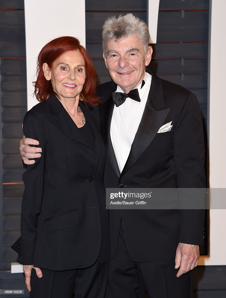 Actors Richard Benjamin (R) and wife Paula Prentiss arrive at the 2015 Vanity Fair Oscar Party Hosted By Graydon Carter at Wallis Annenberg Center for the Performing Arts on February 22, 2015 in Beverly Hills, California.