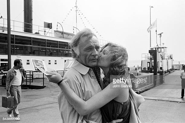 Actors Richard Burton and Tatum O'Neal on the set of 'Circle of Two' directed by Jules Dassin