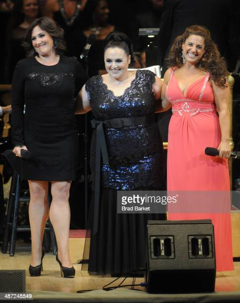 Actors Ricki Lake Marissa Jaret Winokur and Nikki Blonsky perform during The New York Pops 31st Birthday Gala at Carnegie Hall on April 28 2014 in...