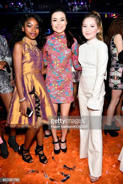 Actors Riele Downs Miranda Cosgrove and Ella Anderson at Nickelodeon's 2017 Kids' Choice Awards at USC Galen Center on March 11 2017 in Los Angeles...