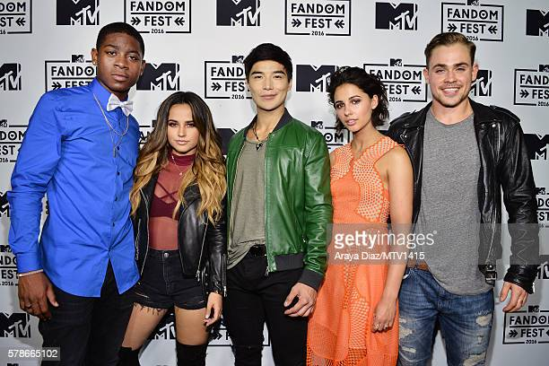 Actors RJ Cyler Becky G Ludi Lin Naomi Scott and Dacre Montgomery attend the MTV Fandom Awards San Diego at PETCO Park on July 21 2016 in San Diego...