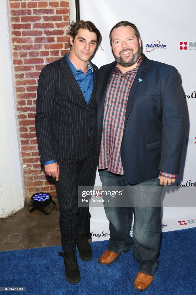 Autism Speaks Celebrity Poker Tournament - Arrivals