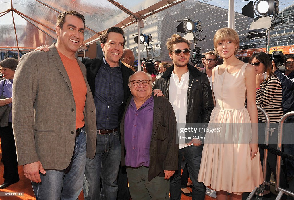 """Dr. Seuss' The Lorax"" Los Angeles Premiere - Red Carpet : News Photo"