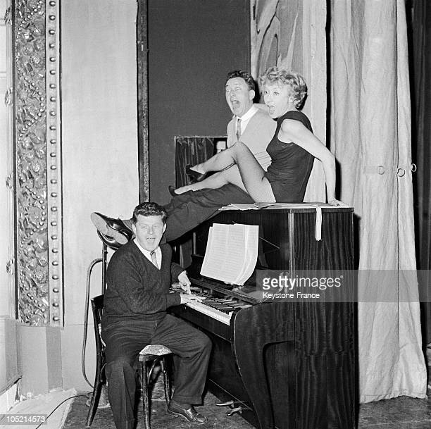 Actors Robert Dhery, Colette Brosset And Gerard Calvi In The Play Pommes A L'Anglaise At Theatre De Paris On October 27, 1964.