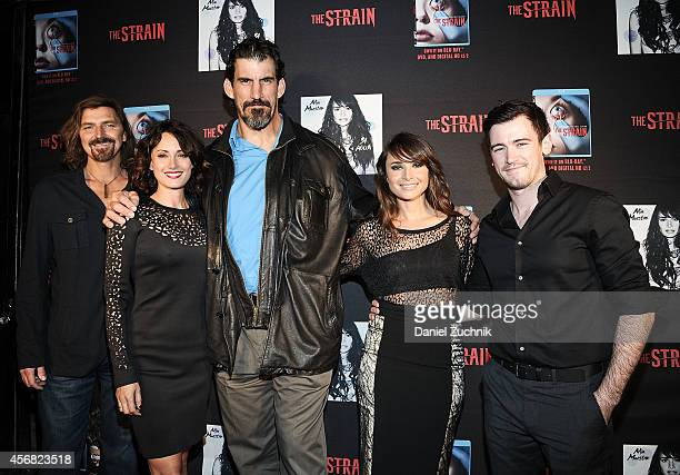 Actors Robin Atkin Downes Natalie Brown Robert Maillet Mia Maestro and Jim Watson attend The Strain New York Comic Con Party at The Delancey on...