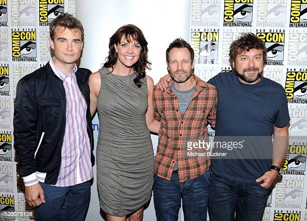 Actors Robin Dunne Amanda Tapping Robin Dunne and creator Damian Kindler attend Sanctuary Panel and Press Conference at Hilton San Diego Bayfront...