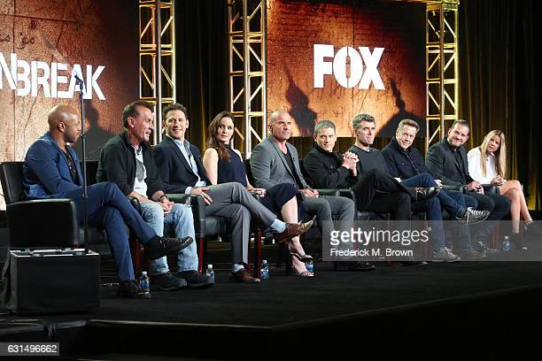 Actors Rockmond Dunbar Robert Knepper Mark Feuerstein Sarah Wayne Callies Dominic Purcell and Wentworth Miller Creator/Executive producer Paul...