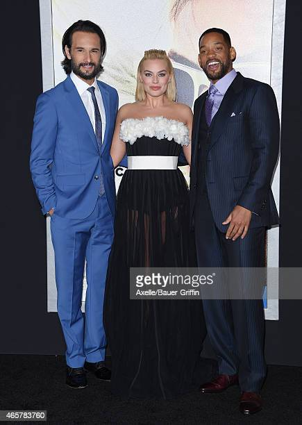 Actors Rodrigo Santoro Margot Robbie and Will Smith arrive at the Los Angeles World Premiere of Warner Bros Pictures 'Focus' at TCL Chinese Theatre...