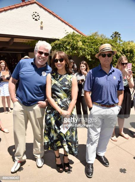 Actors Ron Perlman Rashida Jones and Andy Garcia attend the SAGAFTRA Foundation 8th Annual LA Golf Classic Fundraiser at Lakeside Golf Club on June...