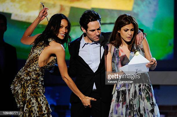 Actors Rosario Dawson Paul Rudd and Eva Mendes present onstage during the 2011 Film Independent Spirit Awards at Santa Monica Beach on February 26...